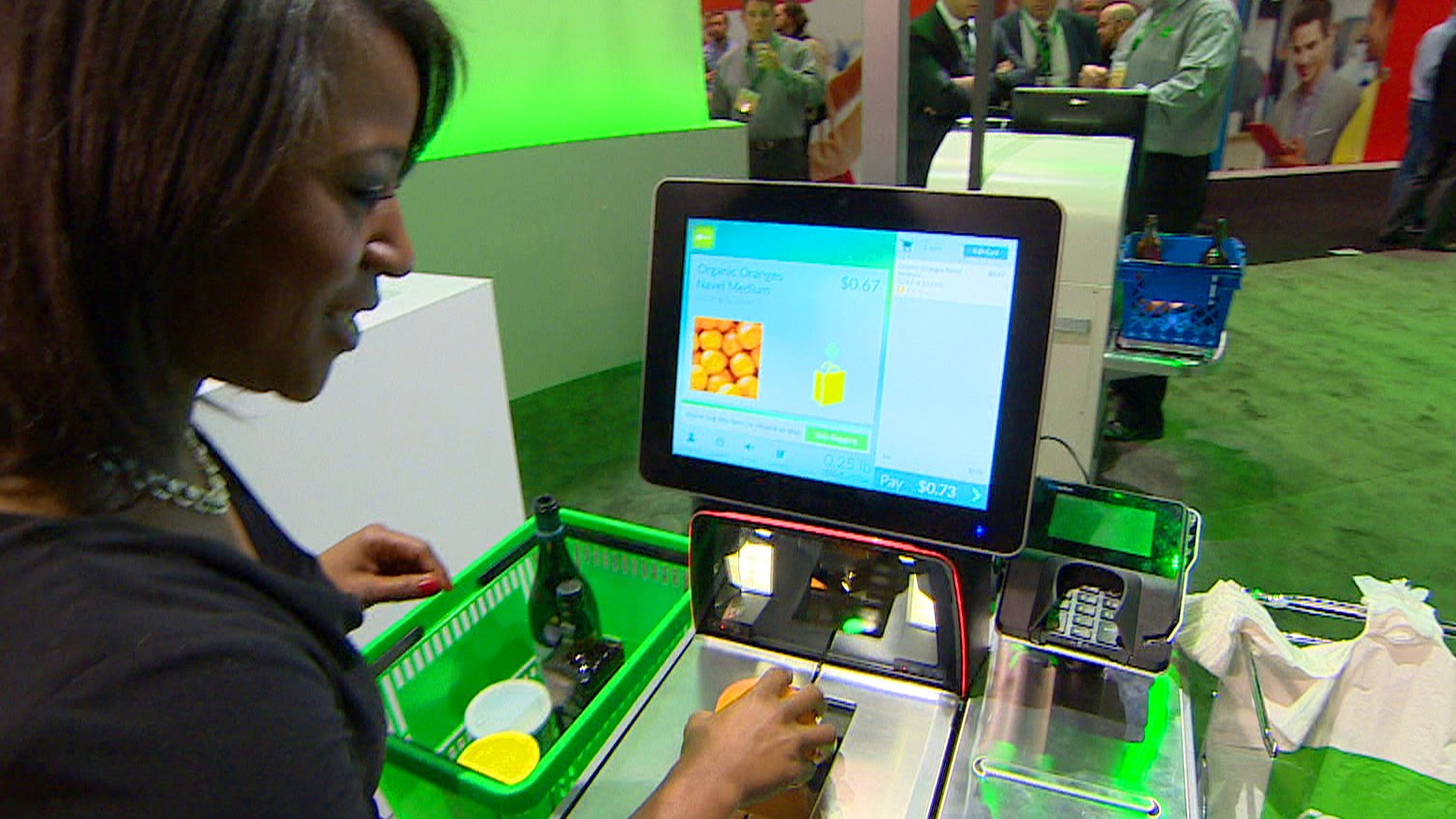 Self-checkouts vs. cashiers: Which is better? (CBC Marketplace) – YouTube